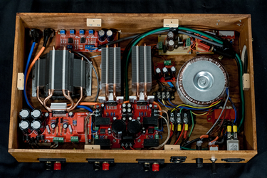 2.1 Hi-Fi Amplifier